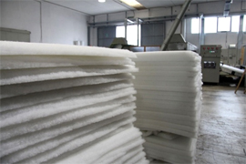 Mattress pad sheet with polyester fiber products made in Italy, Italian polyester products manufacturing for acoustic padding, furniture sofa pads, polyester fibers mattress pad, clothing foam padding manufacturer, polyester fiber foam, thermal and acoustic insulation for civil building applications for the industry, we offer our Engineering research department to meet your industrial requirements, looking for distributors in Asia, Africa, Europe, Middle East and Latin America...
